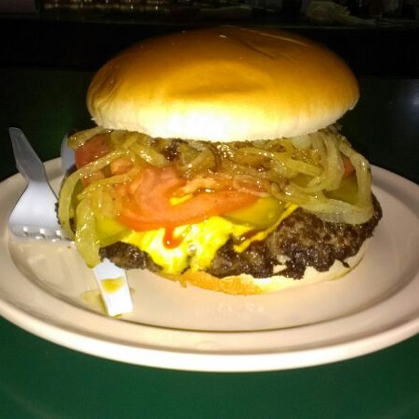 The Chicago Burger @ Illinois Bar And Grill on 47th