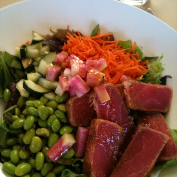 Ahi Tuna Salad @ Sun Sui Wah Seafood Restaurant