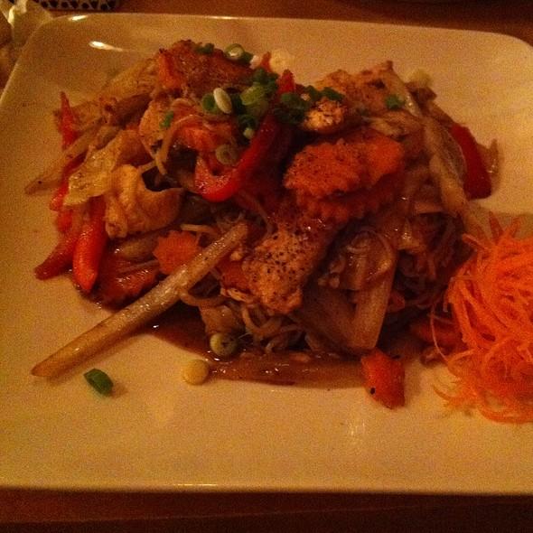 Yakisoba @ Kin Noodle Bar