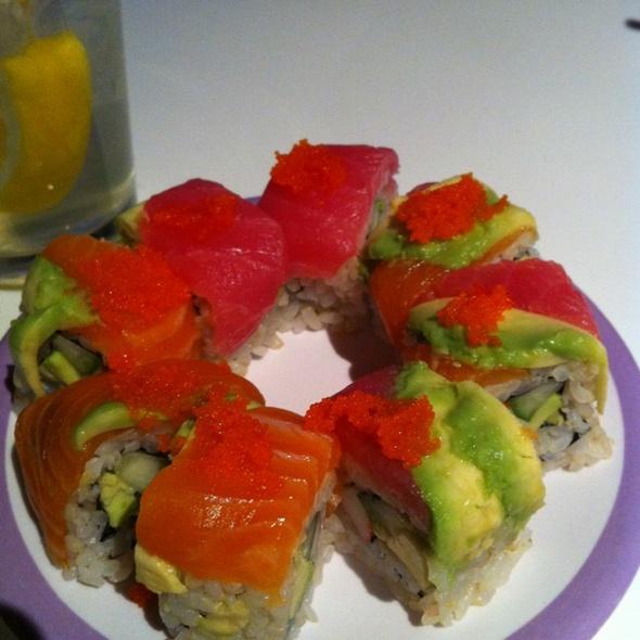 Umi Rainbow Roll @ Umi Sushi & Tapas
