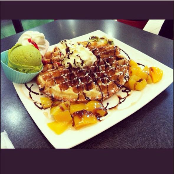 Fruity Waffle