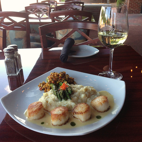 Georges Bank Sea Scallops  - Grille 29, Huntsville, AL