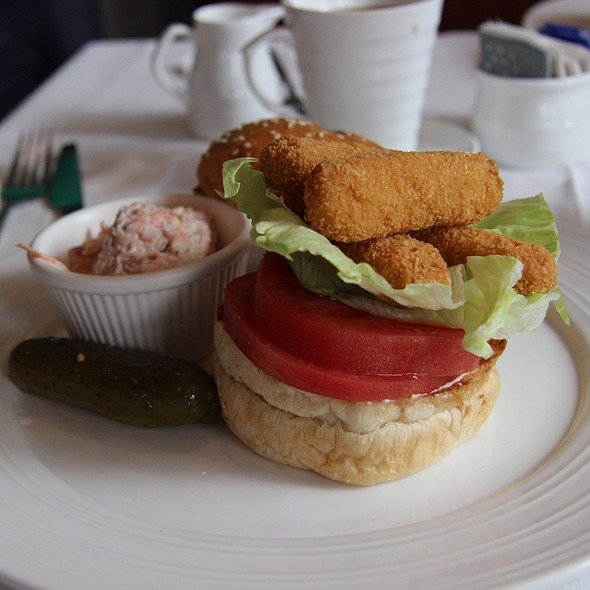 Chef too menu beijing beijing foodspotting for Fish stick sandwich