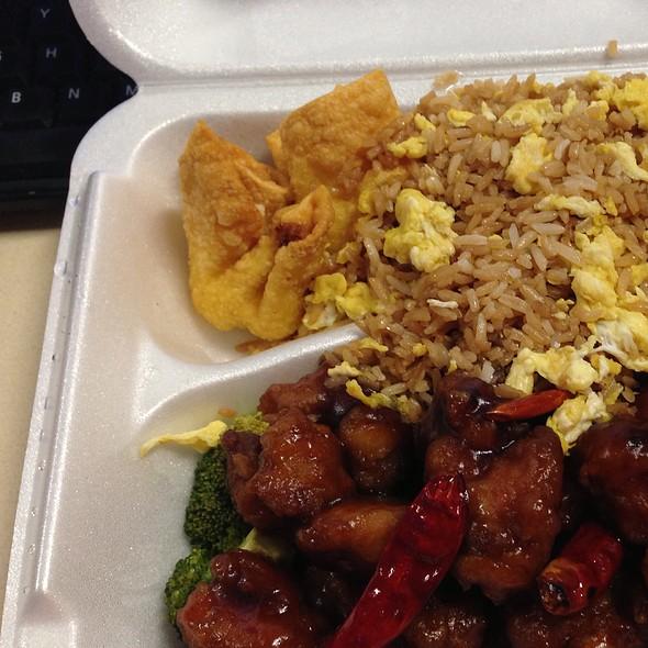 General Tso's Chicken @ Lucky Liu's