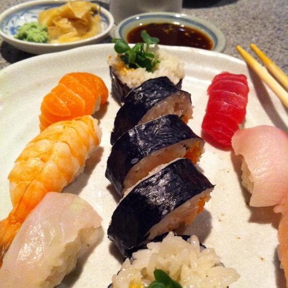 Nigiri @ Hana Japanese Restaurant
