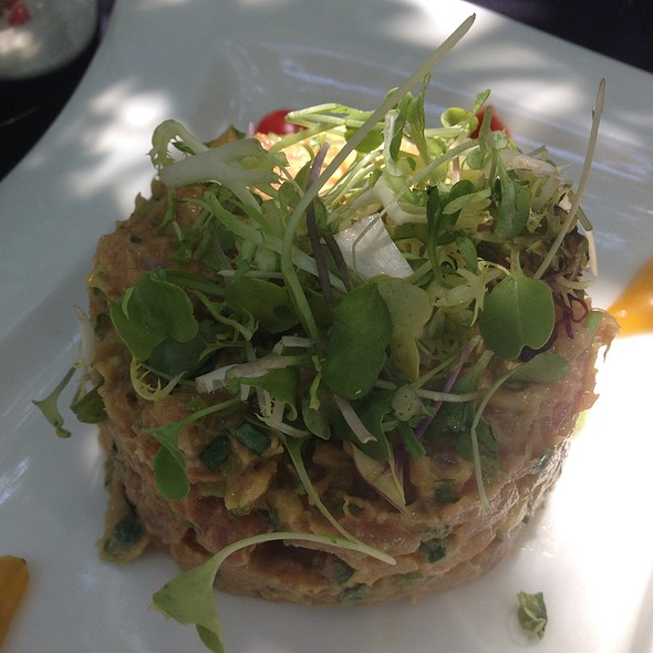 Ahi Tartare - Spencer's Restaurant, Palm Springs, CA