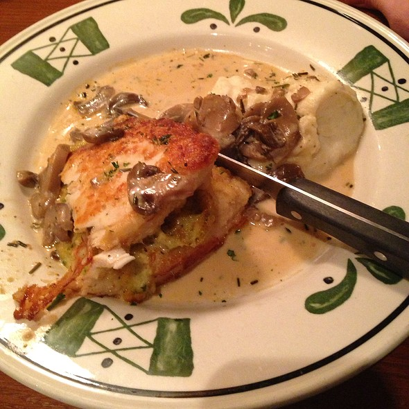 Olive garden menu appleton wi foodspotting for Olive garden stuffed chicken marsala