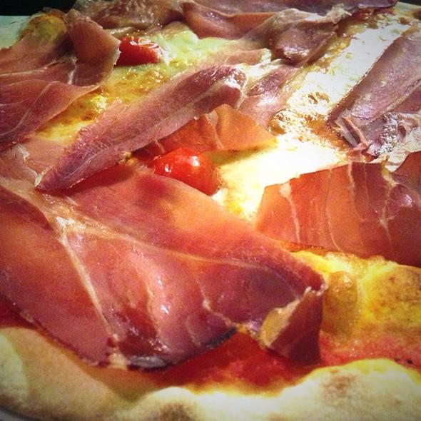 Pizza Amalfi @ Al Vecchio Braciere Di Bertuccelli Manuele E Michele & C. Sas