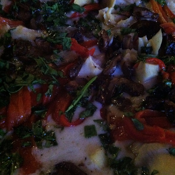 Grass Pizza @ Lock 34 Bar & Grill