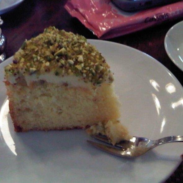 Carrot Cake @ BIKU