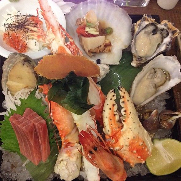 Assorted Steamed Seafood Plate