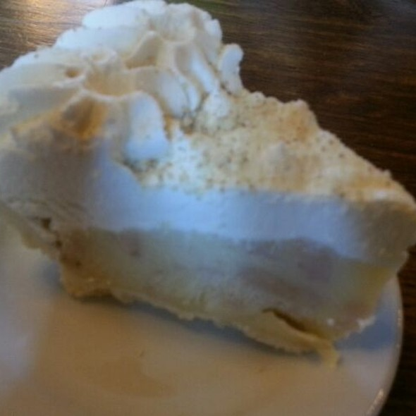 Banana Creme Pie @ Wartburg Commons