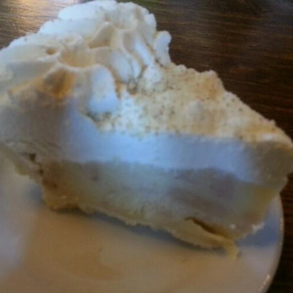 Banana Creme Pie @ Wartburg Commons