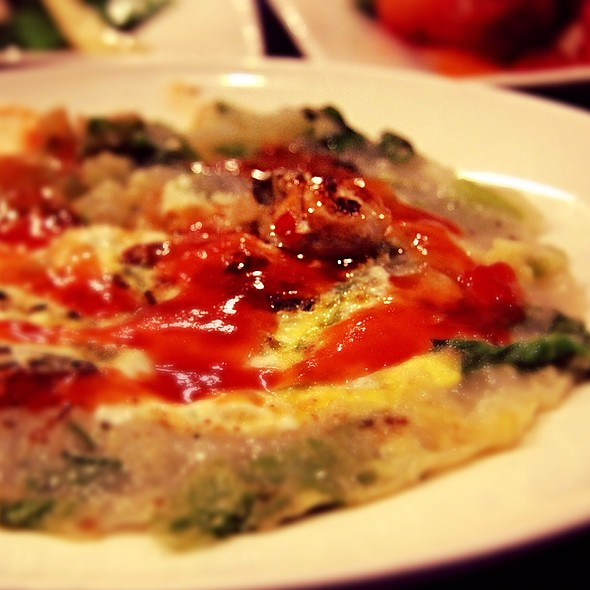 Omelette With Oysters @ Hua Yue Lou