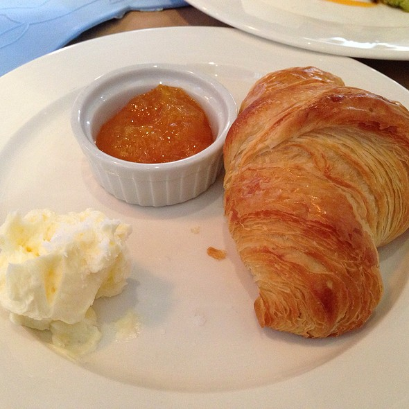 Croissant With Butter And Preserves @ The Whale Wins