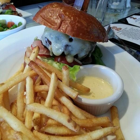 Burger - Garrett Hill Ale House, Bryn Mawr, PA