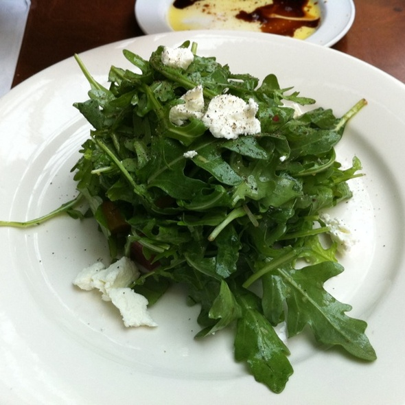 Arugula Beet And Goat Cheese Salad