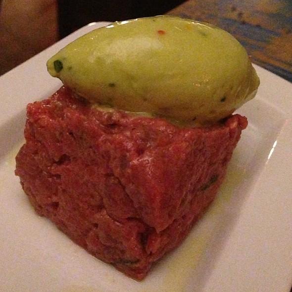 Beef Tartare, Guacamole Sorbet @ Mehtaphor
