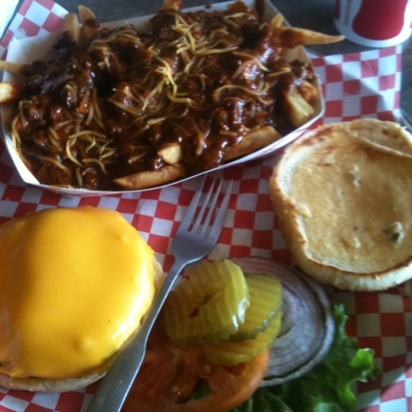 Buzzer Beater & Chili Cheese Fries @ Hall Of Flame
