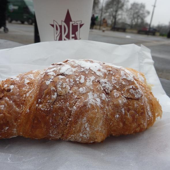 Almond croissant @ Pret a Manger, Tottenham Court Road, London