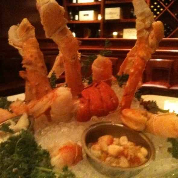 Seafood Sampler - Fleming's Steakhouse - Brookfield