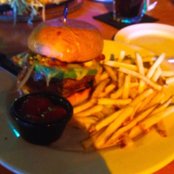 Mexican Street Burger @ Nacho Daddy
