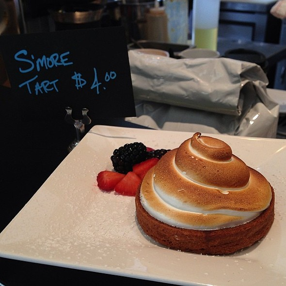 Oooo S'more tart looks good