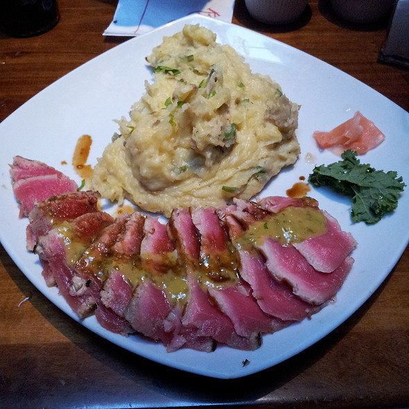 Seared Tuna With Wasabi Aioli