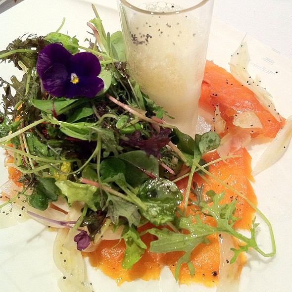 Smoked Salmon And Fennel Salad - Birks Café par Europea, Montr�al