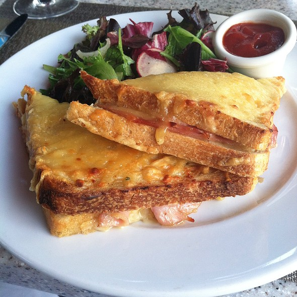 Croque  Monsuo - Kendall's Brasserie, Los Angeles, CA