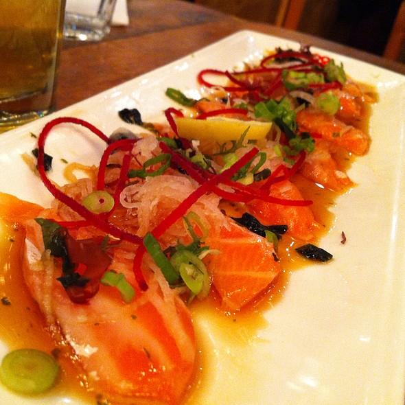 Salmon Tataki @ Guu Izakaya