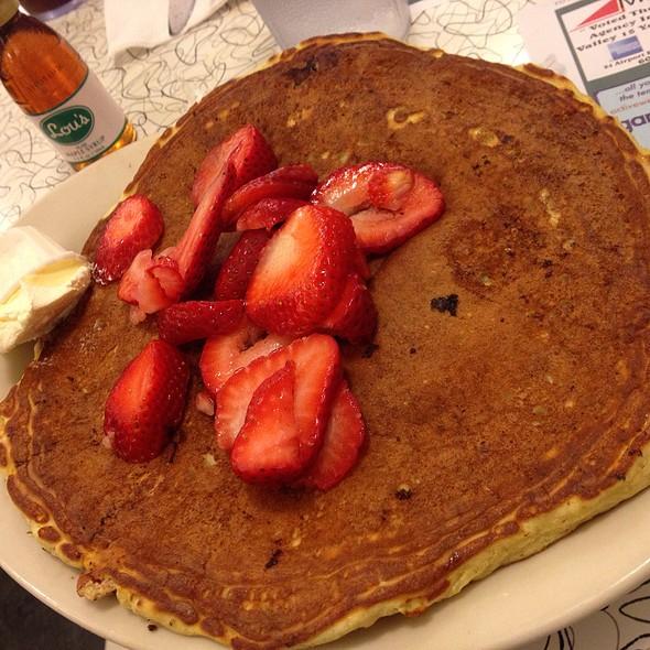 Strawberry Pecan Banana Cream Pancake @ Lou's Restaurant