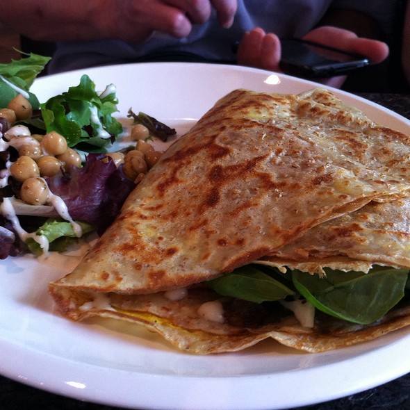 Avocado & Bacon Crepe @ Micasa Tea