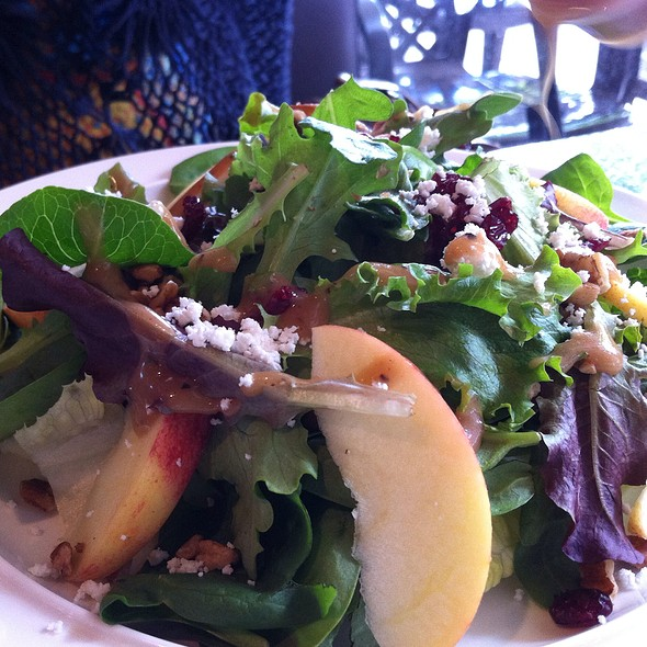 Apple Pecan Salad @ Micasa Tea
