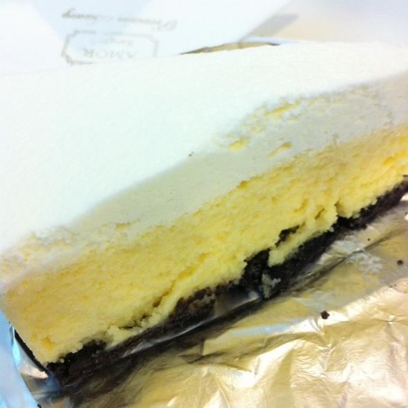 White Chese Cake