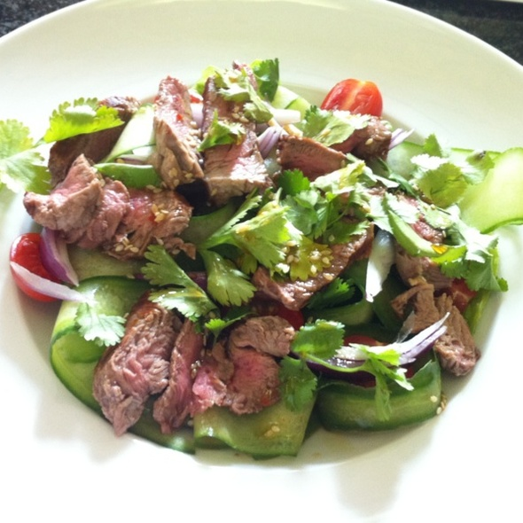 Thai Beef Salad @ 612 Sp. z o.o.