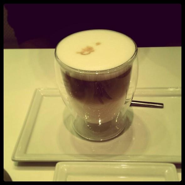 Caffe Latte @ Deli One
