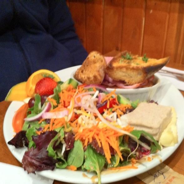 Super Breakfast @ Cafe Marche de La Villette