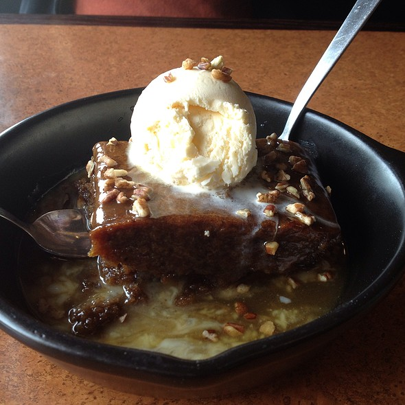 Whiskey cake @ TGI Friday's