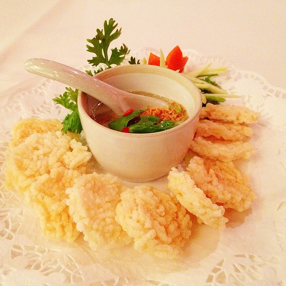 Rice Cracker With Minced Beef Dip @ Sabai - Authentic Fine Thai Cuisine