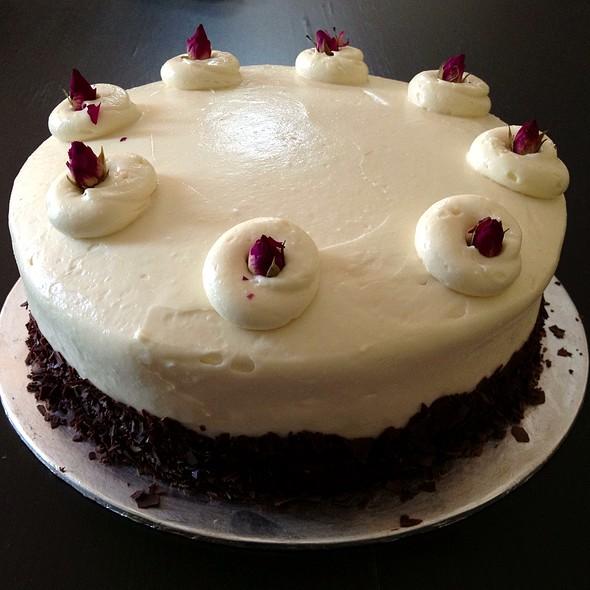 Red Velvet Cake @ Cedele
