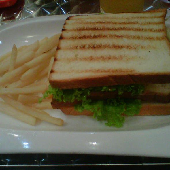 Tuna Sandwich @ Vegas Hotdog Central Park