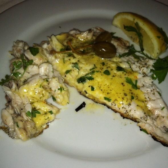 Lithrini @ avra restaurant