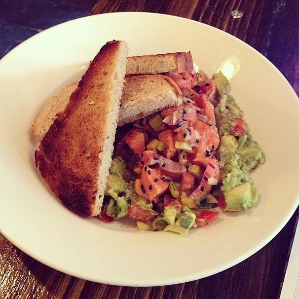 Salmon Tartare @ Café Sardine