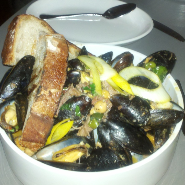Bouchot Mussels and Spicy Lamb