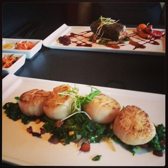 Scallops with Mustard Greens (Seared Tuna in back) - earlier tonight @ Accent