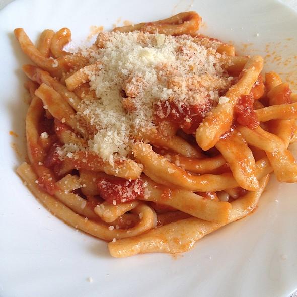 Manate (Pasta Fatta In Casa) Al Pomodoro @ Nicola's Cuisine