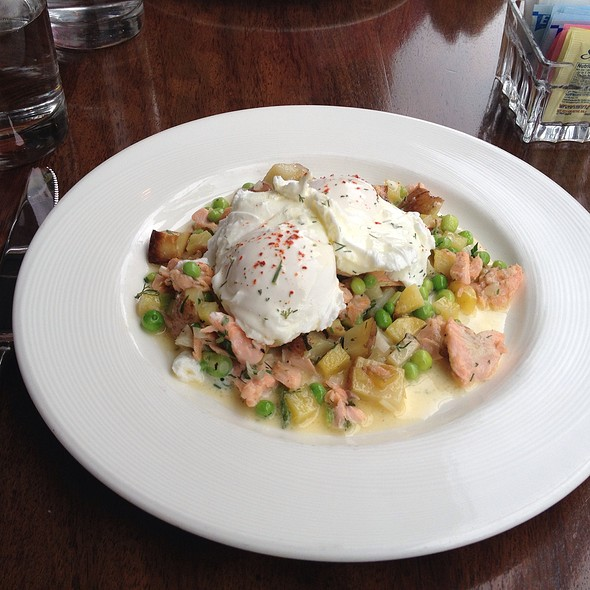 Smoked Trout Hash @ Accanto