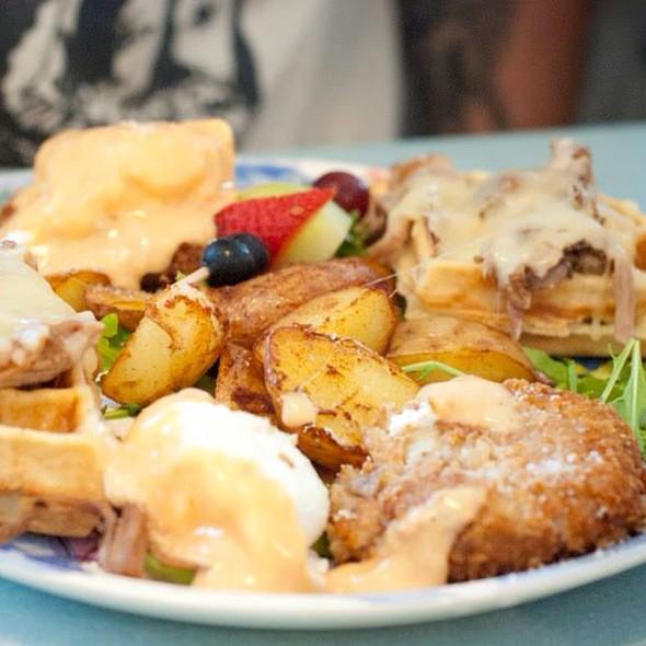 Vinnie's Special @ O'Rourke's Diner