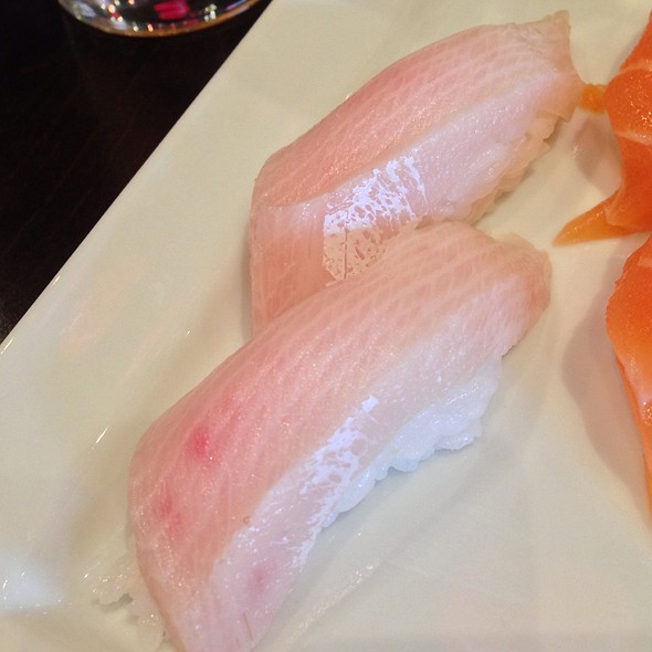 Yellowtail Sushi